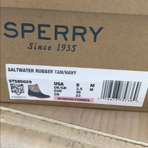 BNWT Sperry Saltwater Rubber Boots